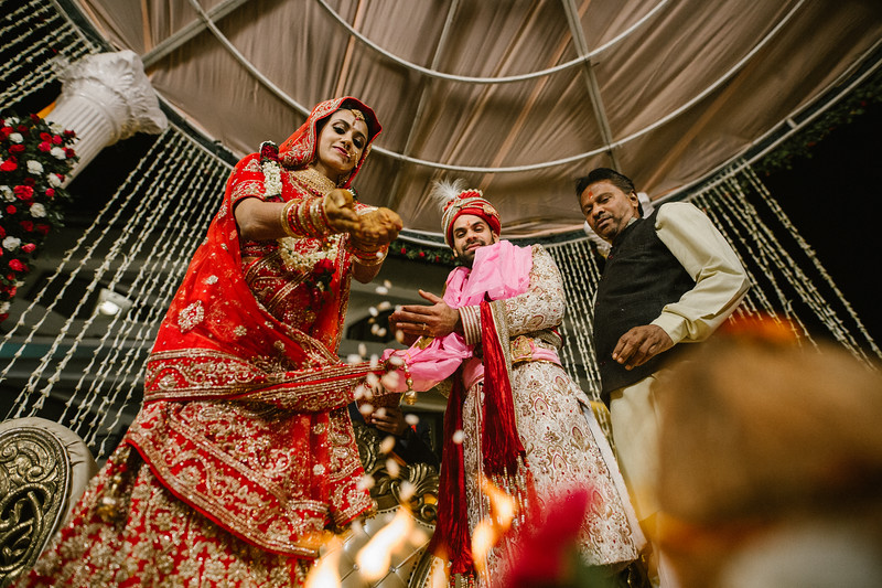 Candid Wedding Photographer Ahmedabad-1-192.jpg