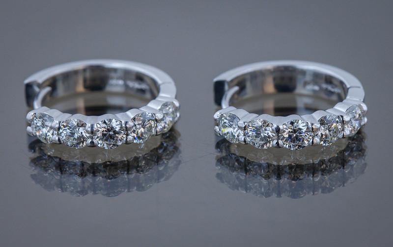 Jewelries-3.jpg