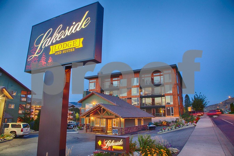Lakeside Resort 0753_HDR.jpg