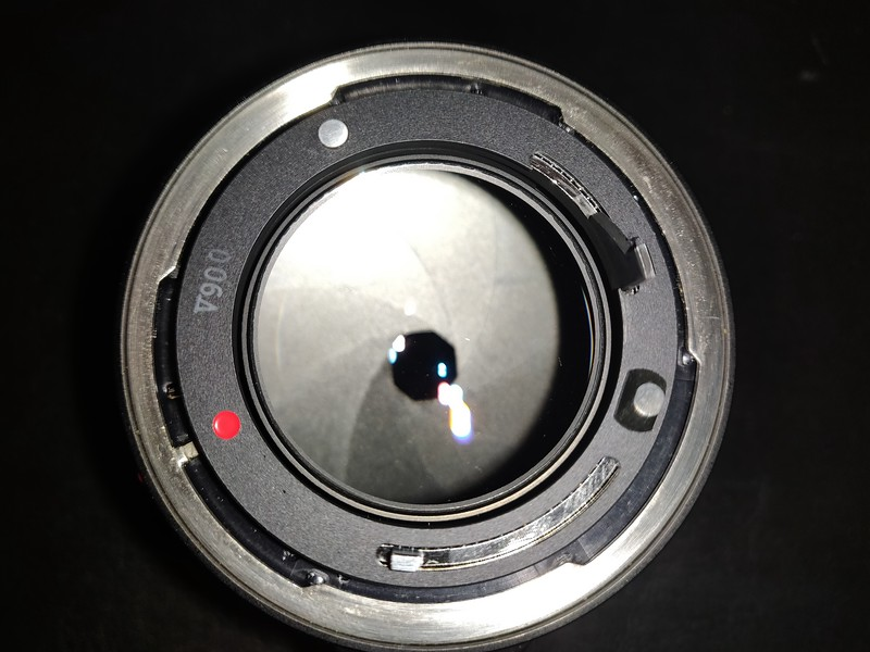 Canon FD 50 mm 1.2 - Serial V900 & 29927 009.jpg