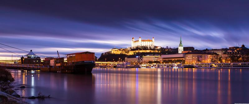 Mirror-like-Danube-3440x1440.jpg
