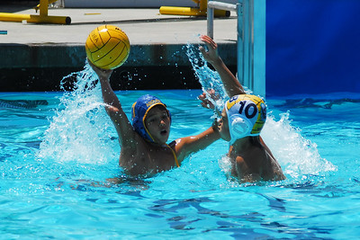 Santa Barbara Water Polo Club 12U Boys vs Los Angeles Water Polo Club 12U Boys at Agoura 5/31/08.  SBWPC vs LAWPC