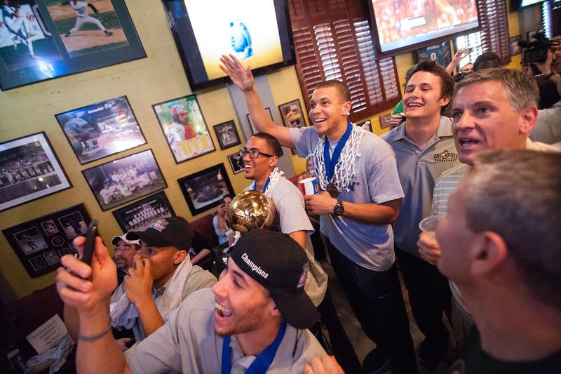 Cal Poly men's basketball at the selection show vieweing party in San Luis Obispo, CA.  Mar. 16, 2014. Photo by Ian Billings
