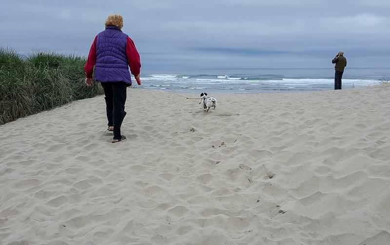Beach walk with Mattie (17 of 20).jpg