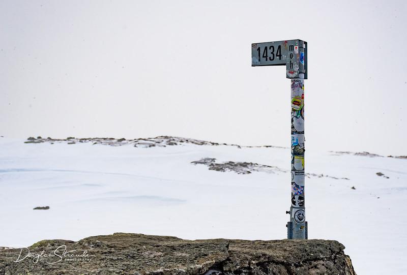 1434 Meters