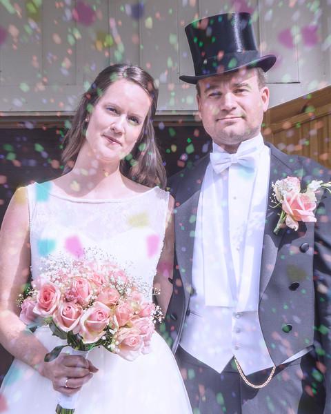 weddingconfetti.jpg