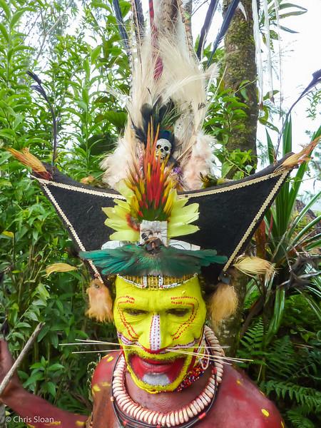Huli Chieftain near Ambua Lodge, Papua New Guinea (10-05-2013)-2.jpg