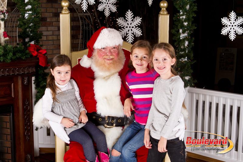 Santa Dec 8-329.jpg