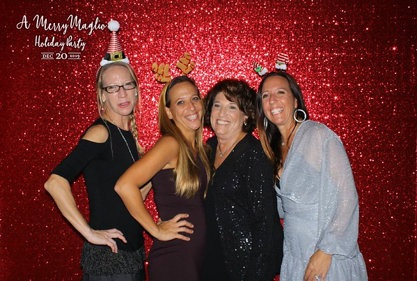 A Merry Maglio Holiday Party