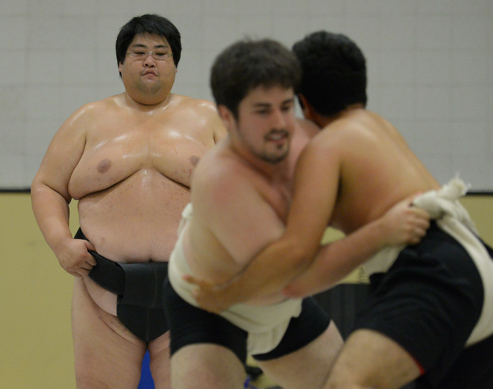 . Cal State Long Beach students were able to learn and challenge Japanese Sumo wrestler Yama Thursday, August 21, 2014, Long Beach, CA.  Yama, a famous Sumo wrestler in Japan, is visiting the campus in part to promote championships at the Pyramid in September. Yama weighs in at over 600 pounds and is considered the largest Japanese person in history. Photo by Steve McCrank/Daily Breeze
