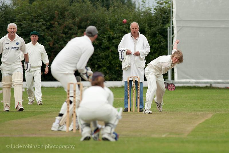 110820 - cricket - 009.jpg