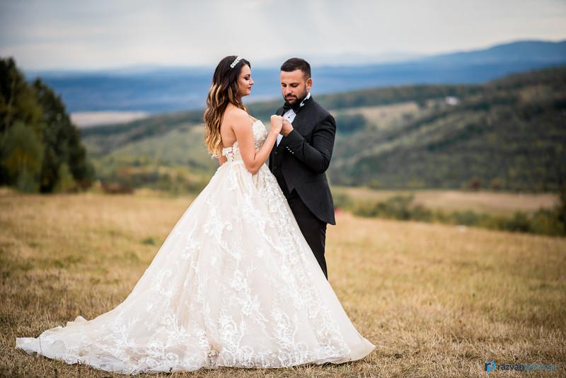 After wedding photo session (Razvan Petrovan edit) (16).jpg