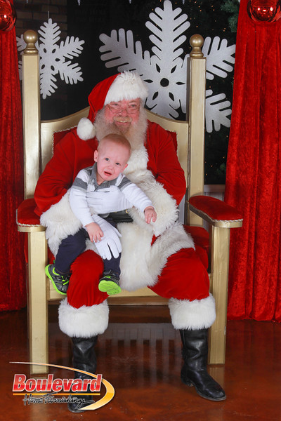 Santa 12-17-16-563.jpg