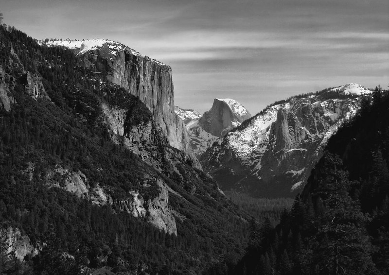 Different angle of Yosemite Valley vista