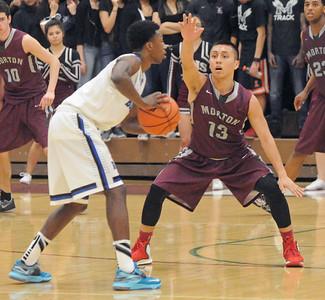 Riverside Brookfield wins basketball sectional final