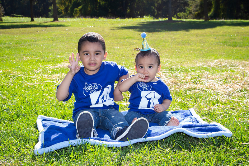 2020 10 Jose and Susanah Family _MG_068754.jpg