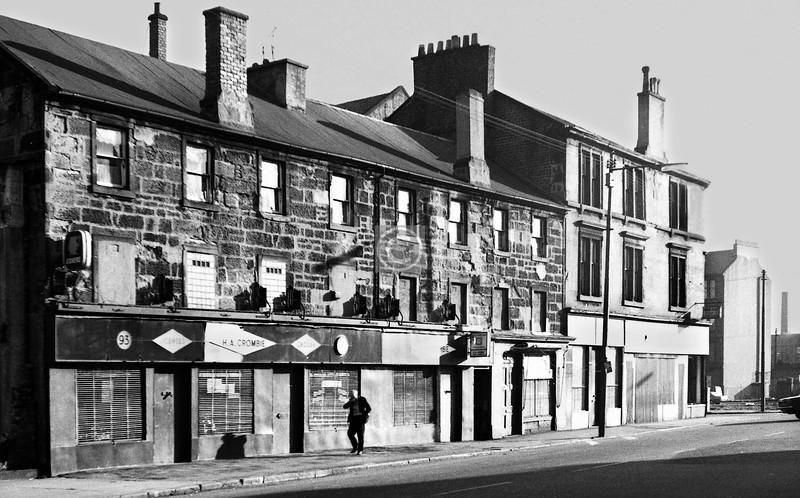 Dalmarnock Rd? H.A.Crombie licensed grocer at no.93.    January 1974