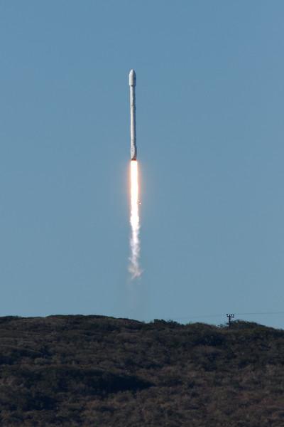 Rocket_011417_Falcon9_7011.jpg