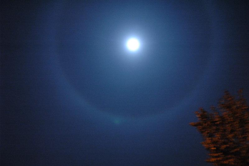 Strange Moon Halo 2006/11/04