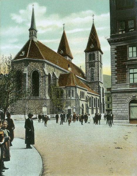 Katedrala Srca Isusova je rimokatolička katedrala u Sarajevu. Sagrađena 1889. godine. Projekat Katedrale uradio je Josip Vancaš