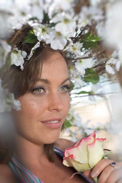 Natalie Spring time flowers_Daniel Dopler Photography (19 of 33).jpg