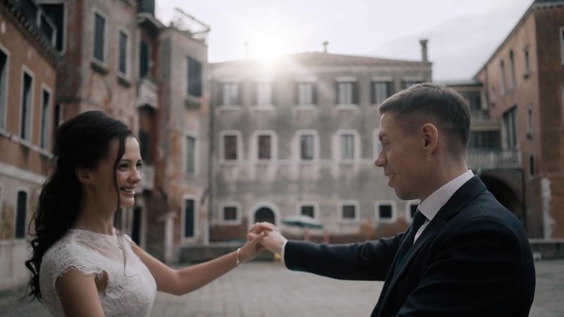 Tu-Nguyen-Destination-Wedding-Photographer-Elopement-Venice-Italy-Europe-w62a61.jpg
