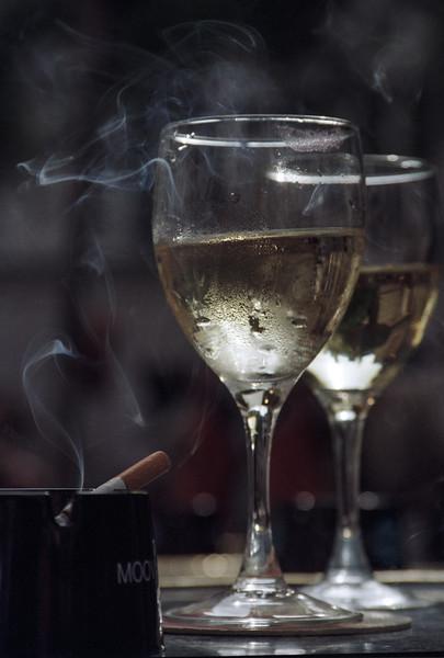 Paris-Wine-Glasses.jpg