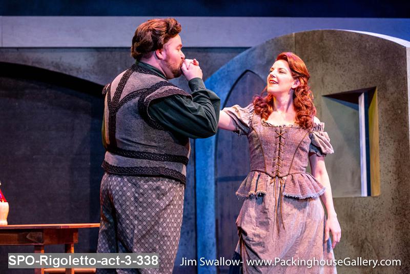 SPO-Rigoletto-act-3-338.jpg
