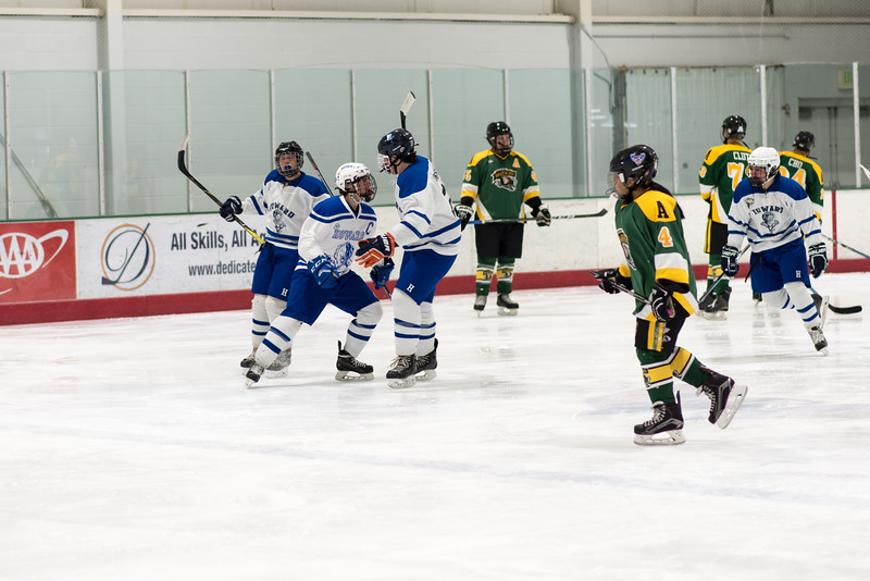 Howard Ice Hockey-70-2.jpg