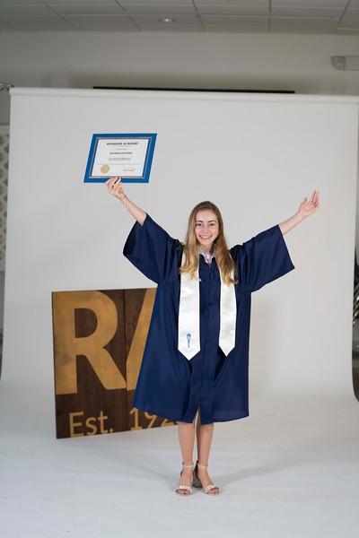 Cate Frerichs Graduation Unedited Photo Proofs
