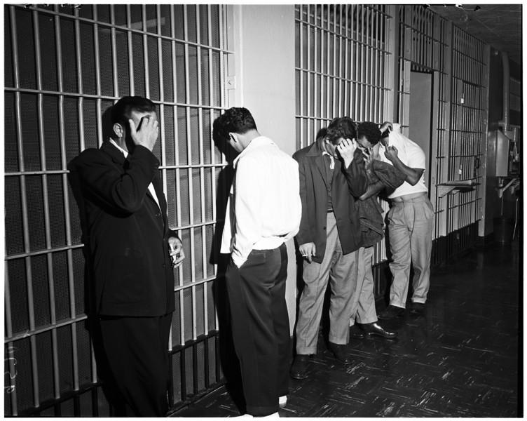 1952, Jewel Suspect