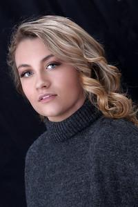 Kayla  2020 Miss Holiday Angel