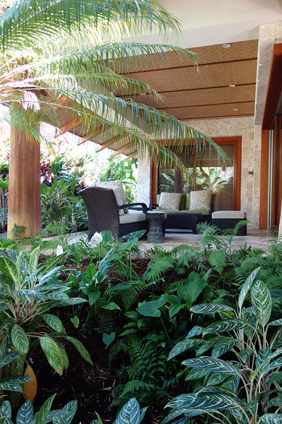 2014-02-21-0016-Hale Ohia-Guest House Patio.jpg