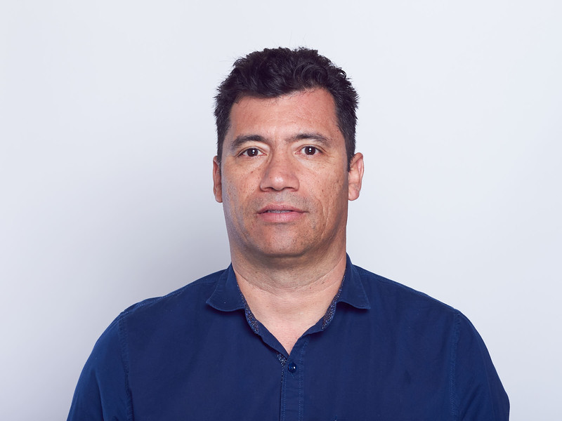 Óscar Dueñas-VRTLPRO Headshots-0038.jpg