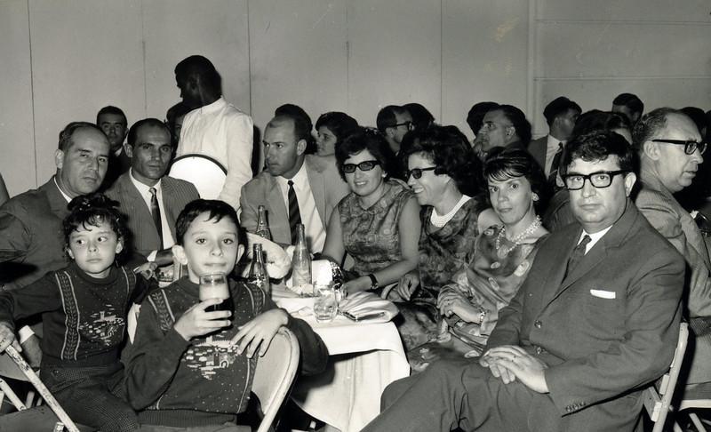Familia Luna de Carvalho, casal Videira, emfermeiro Pinto, sra do Gameiro, Norberto Guimaraes