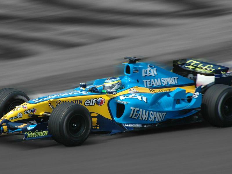 Montreal GPF1 Renault b-w.jpg
