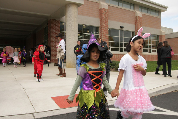 Pine Road Elementary School Halloween Parade