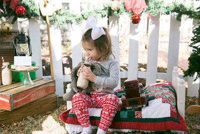 Ella Kate/Gracely -  Christmas 2016