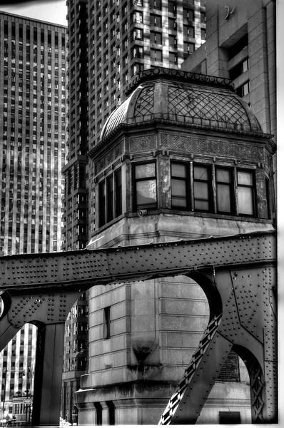 ChicagoCityLayersB&WDSC_4812_3_4_tonemapped.jpg