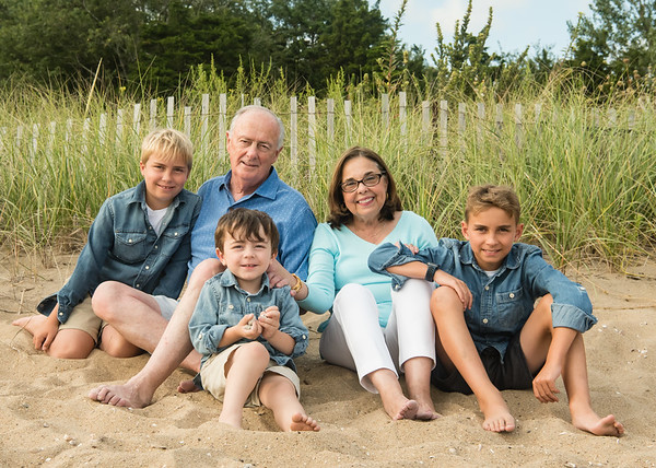 Family Portraits at Surf Club in Madison Connecticut