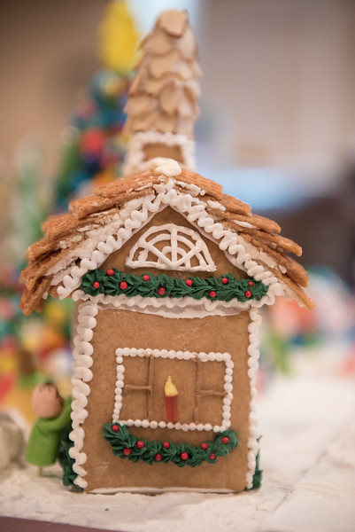 Gingerbread House-62.jpg