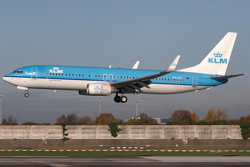 SkyMover_MAN06112010_KLM_PH-BXI.jpg