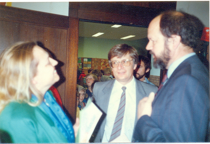 1986 Preisverleihung durch Kultusminister Breitenbach (6).jpg