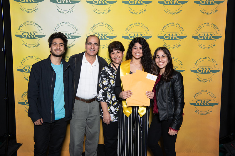 Scholarships-Awards-2019-0670.jpg