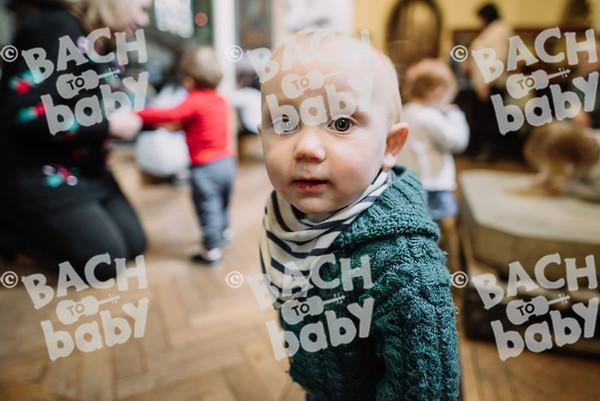 © Bach to Baby 2017_Alejandro Tamagno_St Johns Wood_2017-12-01 023.jpg