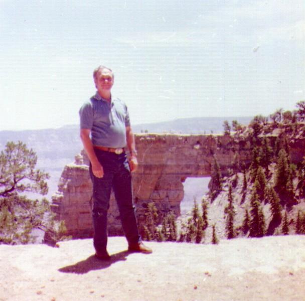 Wayne at Grand Canyon,  05 - Copy.jpg