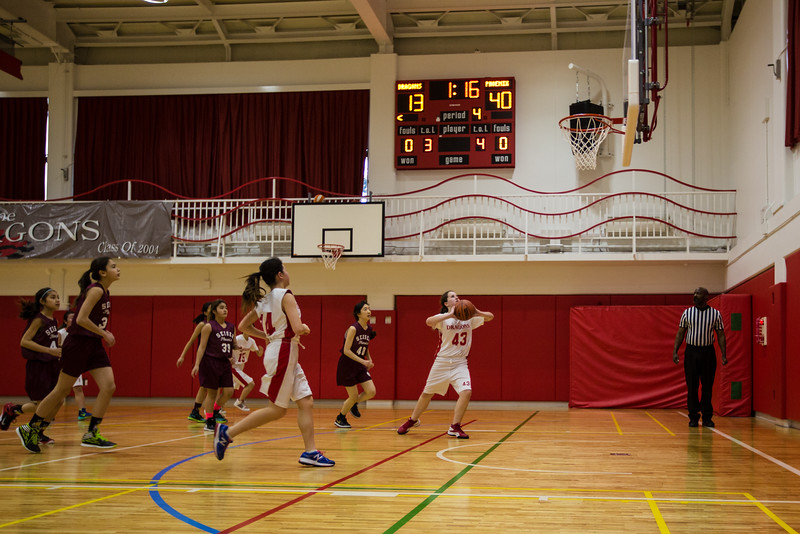 YIS vs Seisen MS Basketball-3.jpg