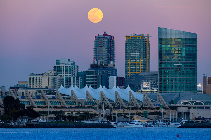 Full Snow Moon Rises Over Snowless San Diego.