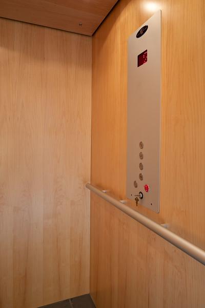 3335 Elevator 2.jpg