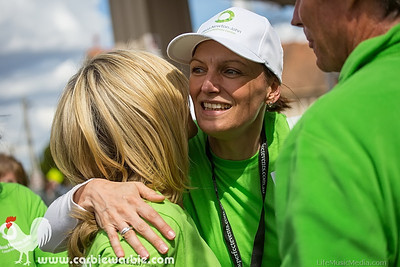 Olivia Newton-John Wellness Walk @ Ivanhoe - September 15, 2013
